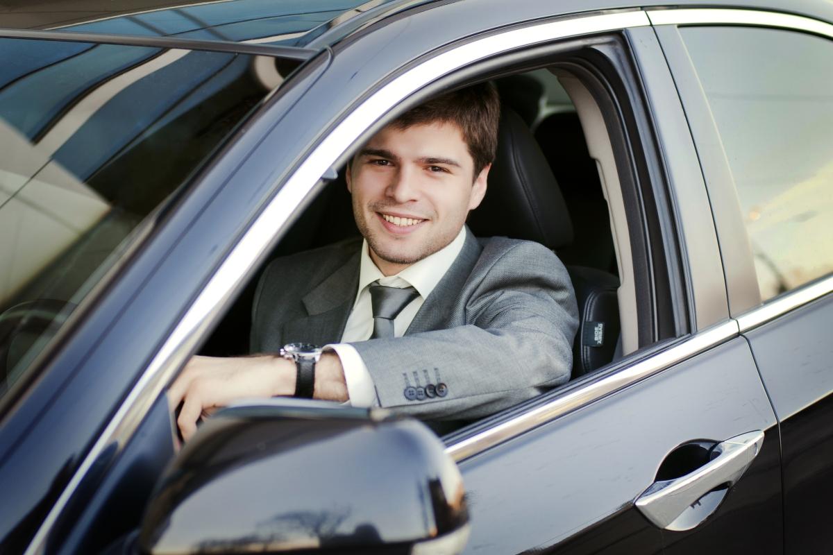 водител в семью семейный водитель
